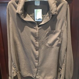 NWT Sam & LaVi brown button blouse